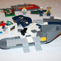 LEGO Helicopter Pursuit 9