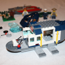 LEGO Helicopter Pursuit 11