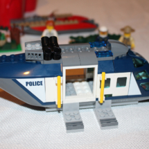 LEGO Helicopter Pursuit 12