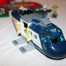 LEGO Helicopter Pursuit 13