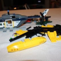 LEGO Helicopter Pursuit 20