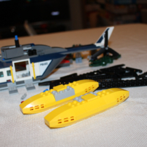 LEGO Helicopter Pursuit 21