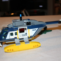 LEGO Helicopter Pursuit 22