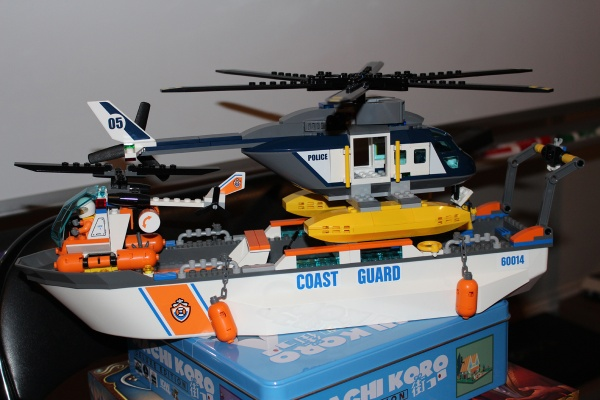 LEGO Helicopter Size Comparison