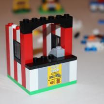 LEGO Fairground Mixer 13