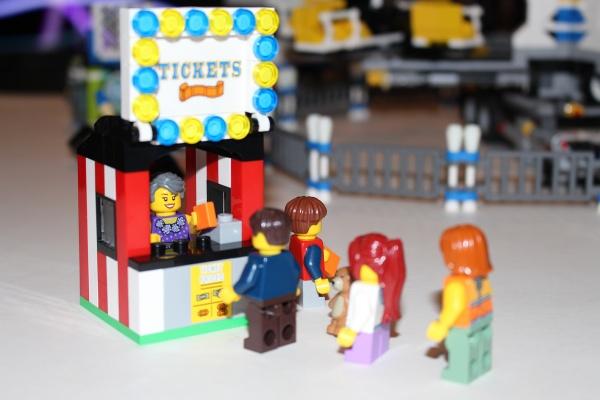 LEGO Ticket Line